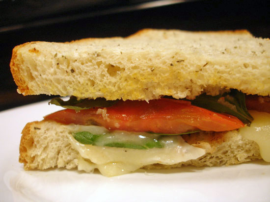 Recipe For Caprese Sandwich With Heirloom Tomatoes | POPSUGAR Food