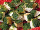 Green Gobble-'Ems Garlic Bread Chunks