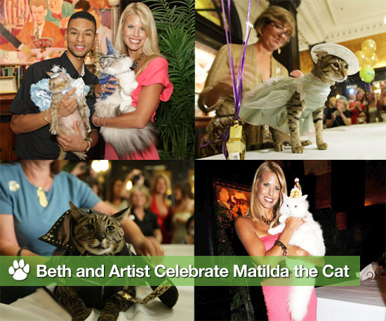 Beth and Artist Celebrate Matilda, the Algonquin Hotel Cat