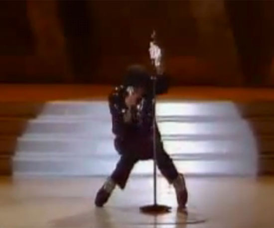"Live ""Billie Jean"" Performance and the Moonwalk"