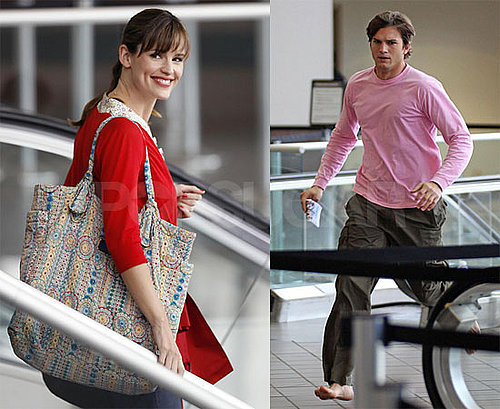 Photos of Jennifer Garner and Ashton Kutcher Filming Valentine's Day at LAX