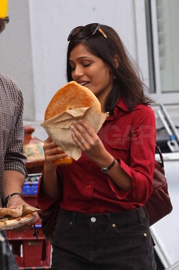 Photos of Freida Pinto