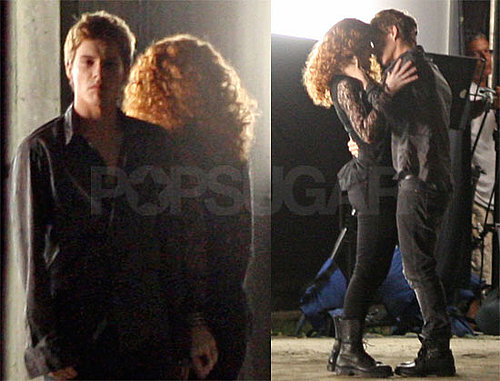 Photos of Xavier Samuel Kissing Bryce Dallas Howard in Eclipse