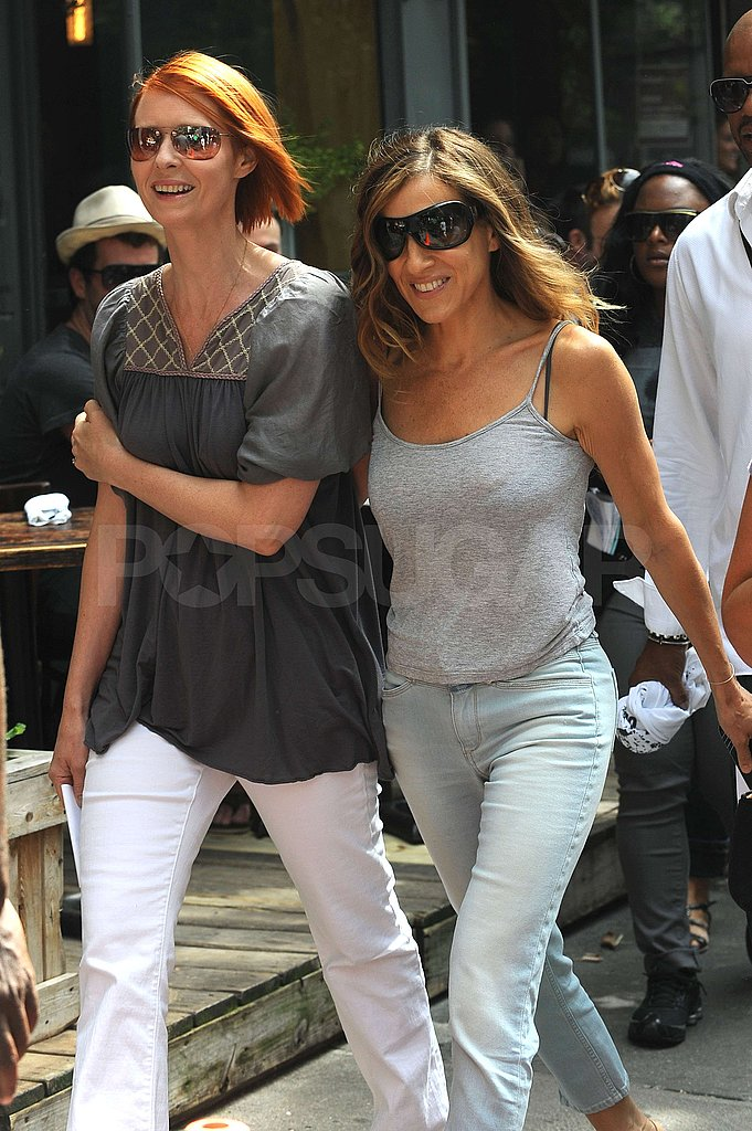 Photos of SJP and Cynthia Nixon on Set