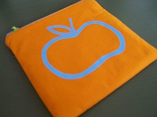 Apple For Apples: Fruity and Fitting Apple Gadget Cases