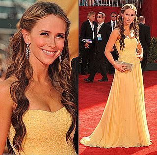 Photo of Jennifer Love Hewitt on the Emmy Awards Red Carpet