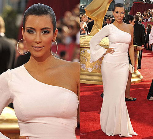 Photo of Kim Kardashian at 2009 Primetime Emmy Awards 2009-09-20 16:23:13.1