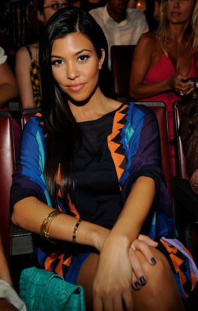 Kourtney Kardashian Is Pregnant! 2009-08-12 16:10:00