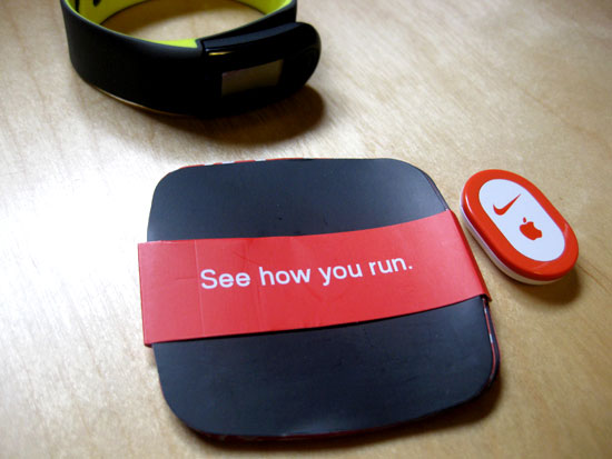 Instructions, Nike+ Sportband, and Sensor