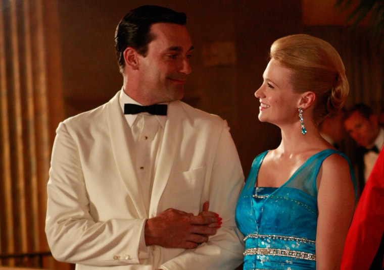 Though their marriage may be rife with secrets and lies, there's no denying that Don and Betty are a striking couple. I love that turquoise blue dress Betty's rocking.