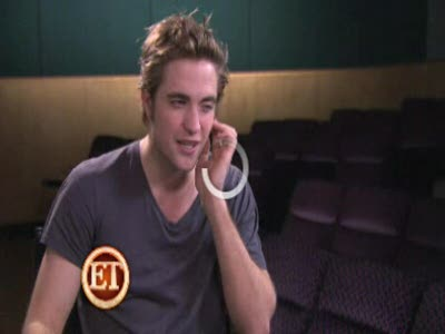 Robert Pattinson on His Role in New Moon