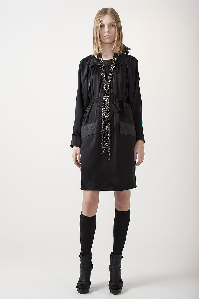 Vera Wang Mixes Gossamer Hemmed-Dresses with Tailored Outerwear for Pre-Fall