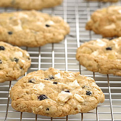 Blueberry White Chocolate Chunck Ginger Cookies