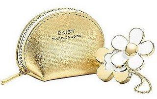 Simply Fab: Marc Jacobs Daisy Solid Perfume Ring