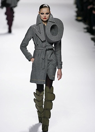 Viktor &amp; Rolf Just Say No, No, No 