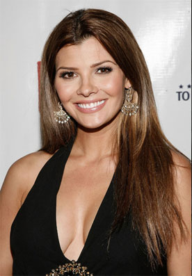 Ali Landry Doesn't Deprive Herself