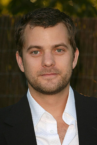Joshua Jackson Cast on JJ Abrams Show Fringe for Fox