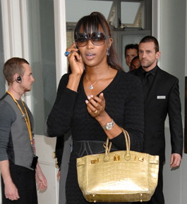 Naomi Campbell: BlackBerry!