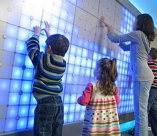 "Daily Tech: 1,420 LEDs Make Up Philips' ""Imagination Wall"""