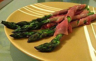 Killer Apps: Prosciutto-Wrapped Asparagus