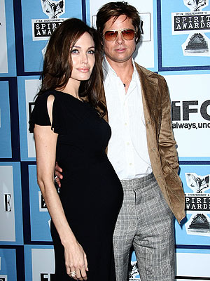 Brad & Angelina: JUST MARRIED!!!! (??)