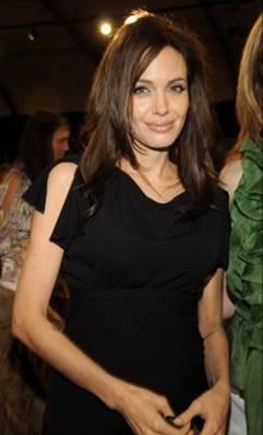 Angelina Jolie is pregnant again
