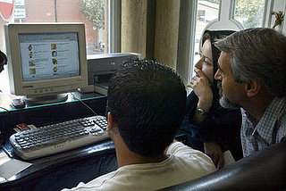 Headline: Iranian Government May Block Internet For Election