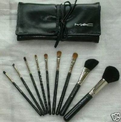 More fake MAC brushes