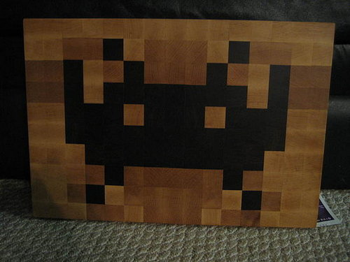 Space Invader Cutting Board: Totally Geeky or Geek Chic?