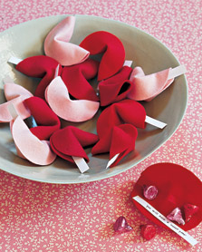 DIY: Felt Fortune Cookies