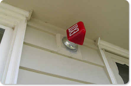 Casa Link:  An Updated Porch Light