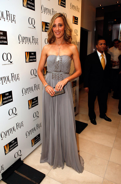 Kim Raver, Monique Lhuillier