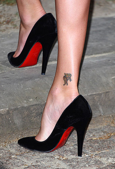 Guess Who Is Showing Off Her Tattoo With Sexy Louboutins?