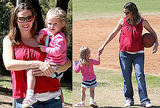 Photos of Jennifer Garner and Violet Affleck at the Park in LA