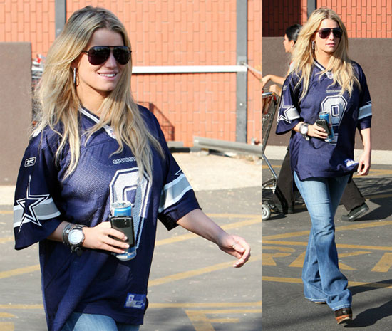 Jessica Simpson Out in Jersey