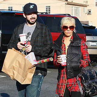 Christina Aguilera and Jordan Bratman Shop for the Holidays