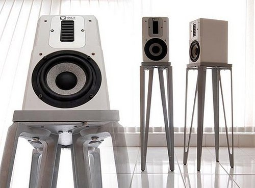 David Kan Builds Speaker Stands Out of Ikea Materials