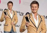 Becks Shows Off the RAZR2 in Japan