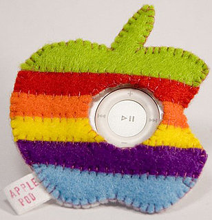 Apple-Shaped iPod Shuffle Cozy: Love It or Leave It?
