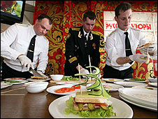 US and Russian Sailors Battle for the Sandwich King Throne