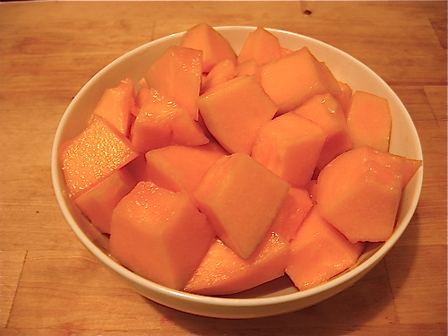 How to Prepare Cantaloupe