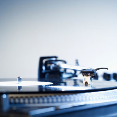 Vintage Geek: The Return of the Turntable
