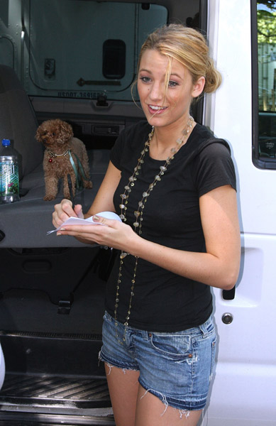 Blake Lively and Penny Adoro On Set!