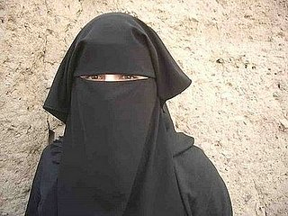 "Meet ""Yemenista."" She Left Women's Magazines For the World's Most Underrated Al Qaeda Hangout"