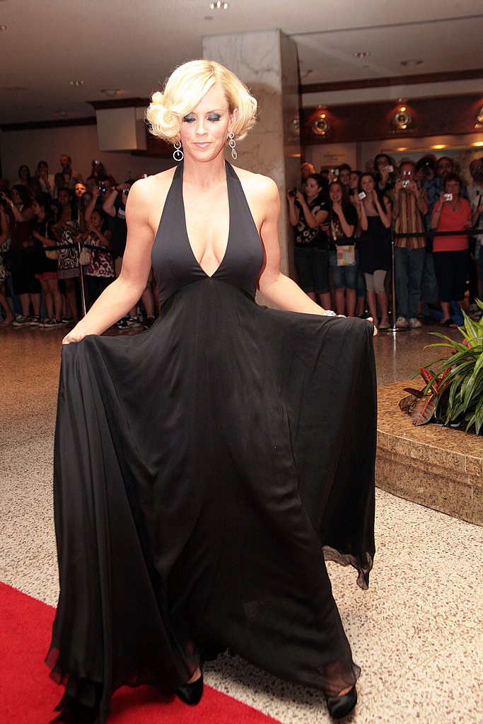 Jenny McCarthy Wears Pamela's Dress in Black