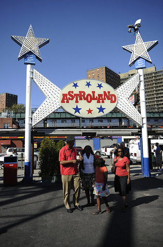 Coney Island's Astroland Takes Its Final Shot at the Freak
