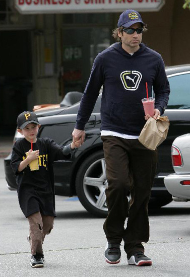 David and Kit Duchovny looked fruitfully happy in Malibu.