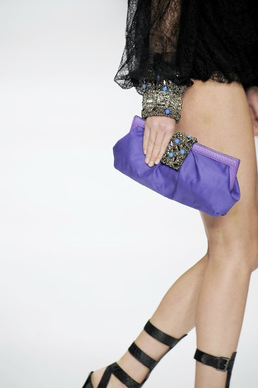 Milan Fashion Week Spring 2009 Bag Trend Round Up