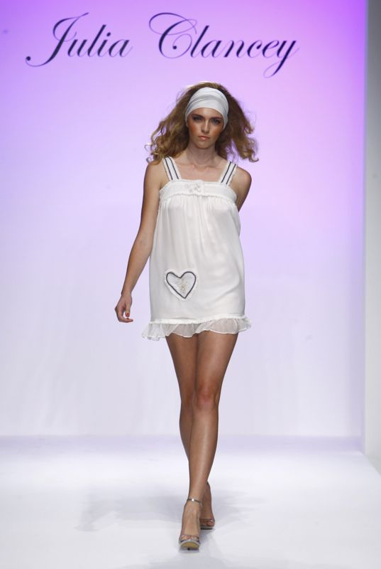 Los Angeles Fashion Week: Julie Clancey Spring 2009