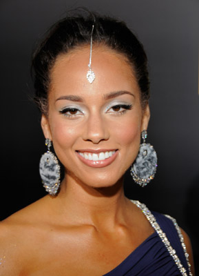Alicia Keys at the 2008 American Music Awards